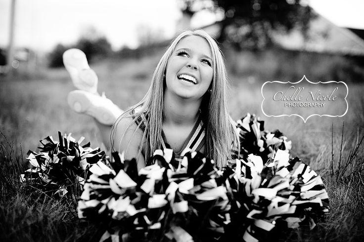 Senior Pic (cheer) LOVE THIS! ♥