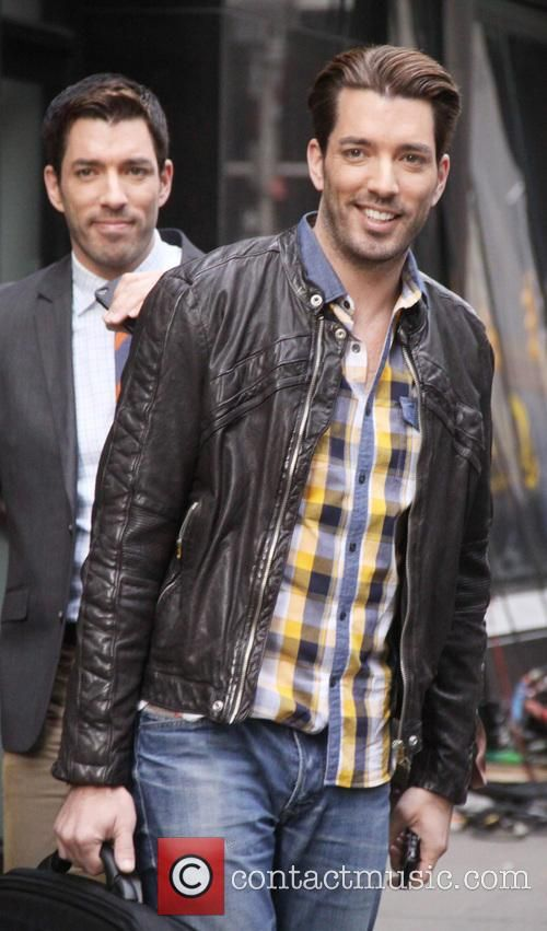 Drew Scott and Jonathan Silver Scott - Drew Scott and Jonathan Silver Scott at Good Morning America - New York...