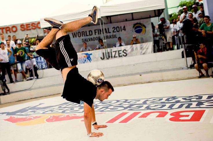 cool  #2014 #action #ball #bull #extreme #finals #football #Freestyle #futbol #juggle #juggling #moves #red #RedBull #Redbull #Skill... #skills #soccer #Sports #street #streetstyle #style #T... #trick... #tricks #world Freestyle Football Juggling World Finals - Red Bull Street Style 2014 http://www.pagesoccer.com/freestyle-football-juggling-world-finals-red-bull-street-style-2014/