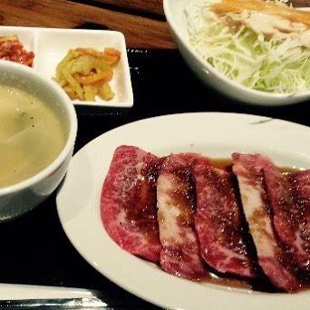 こんにちは! 鋳物焼肉3136です(#^.^#) . . 今日のランチに、焼肉はいかがですか? . . . ゆったりとしたランチタイムに、ぜひ〜🎵 . . . #六本木 #完全個室 #鋳物焼肉 #焼肉 #表参道 #姉妹店 #韓国料理 #個室ランチ #肉フェス #同伴 #個室焼肉 #隠れ家 #マッコリ #大江戸線 #yakiniku #韓国 #ハラミ #肉  #ユッケジャンスープ #石焼ビビンパ #サーロイン #イチボ #カルビ #ロース #厳選素材