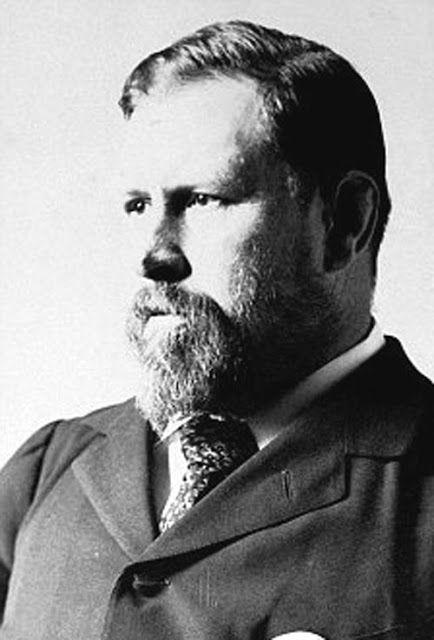 Bram Stoker (8 de noviembre de 1847 - 20 de abril de 1912) fue un escritor irlandés, conocido por su novela Drácula.