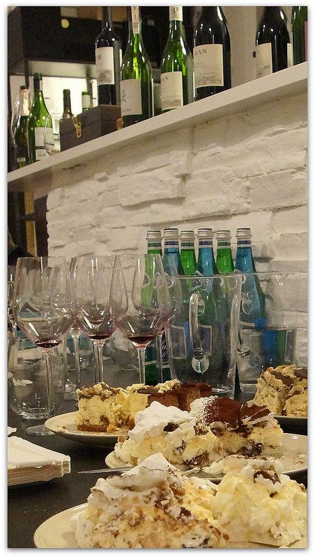 A lot of everything - wines from The Fine Food Group, cakes from Cukiernia Wasiakowie and Perlage :)