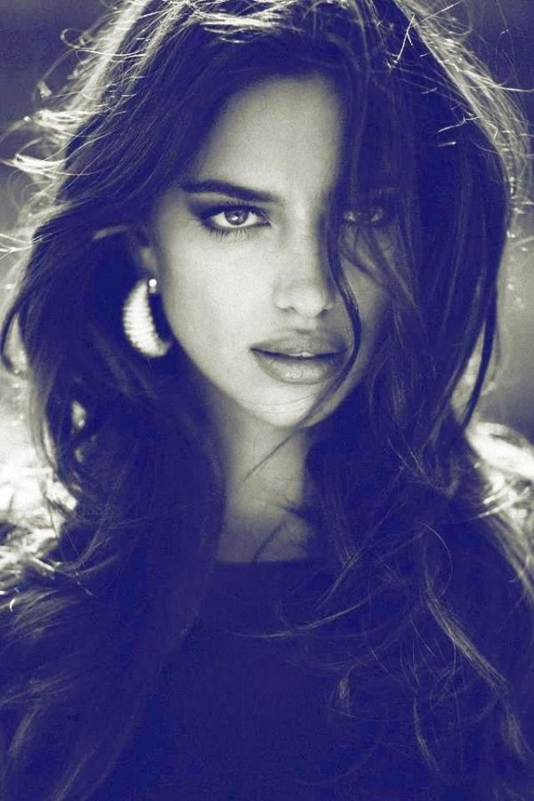 Picture of Irina Shayk...she looks like esmeralda to me<3