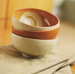 Spice up your dining with this Fire Chilli dinnerware by Denby.