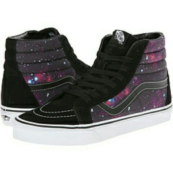 """VANS SK8 HI REISSUE COSMIC Vans high tops. UNISEX. MENS SIZE 7.5 , WOMEN SIZE 9. SKATEBOARD SHOES. QUOTE""""SO RAD, THEY WERE BROUGHT BACK"""". COSMIC GALAXY DESIGN. THESE SHOES ARE SELLING FOR A LOT MORE ON The Internet. Vans Shoes Sneakers"""