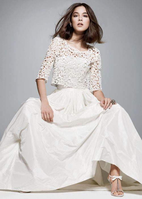 Oscar de la Renta gown. BRIDES March 2012 issue. #weddingdress #weddings