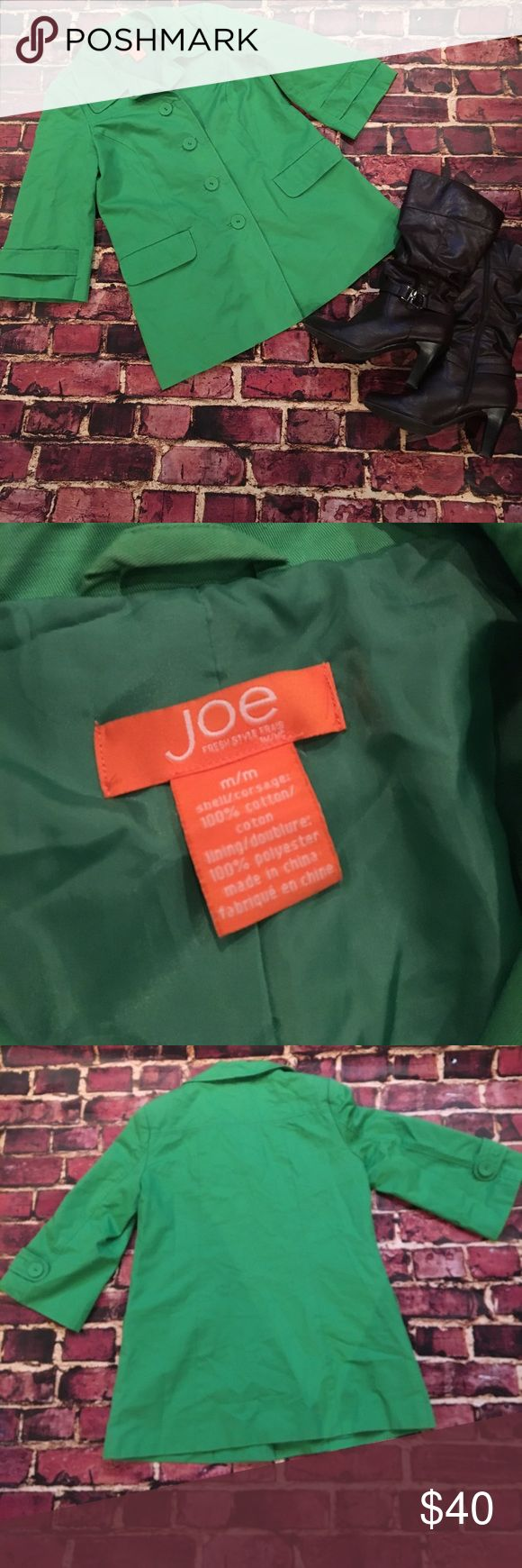 Joe Fresh Bright Green Jacket Size Medium This jacket is a gently used but in fantastic condition! It's a beautiful green that's going to look amazing with the fall colors! Joe Fresh Jackets & Coats