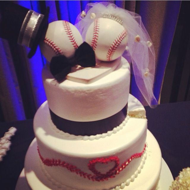 baseball wedding cake i dont think i could actually do thisbut