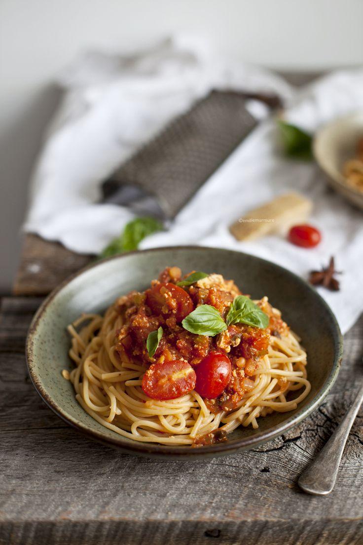 Spaghetti bolognaise végé au tofu parfumé  © Emiliemurmure
