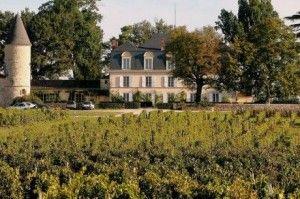 Venez à la découverte du château Guiraud en réservant votre visite sur Wine Tour Booking