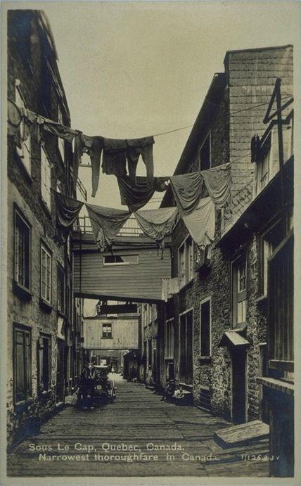 Rue Sous-le-Cap, vers 1900 Ville de Québec