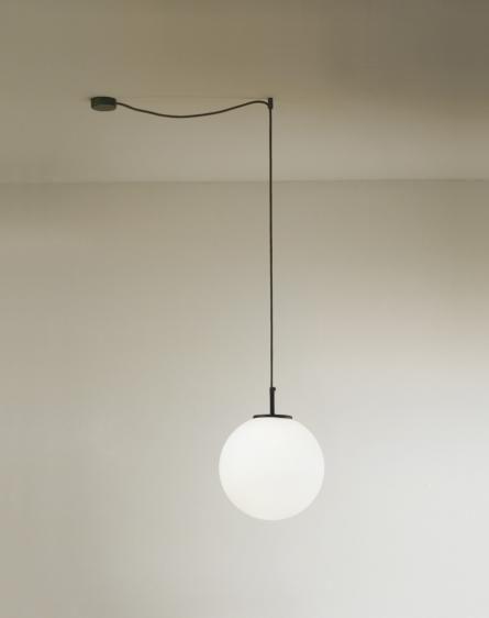Palla wisząca (Czarna - zdecentralizowana) - Vesoi | Designerskie Lampy & Oświetlenie LED