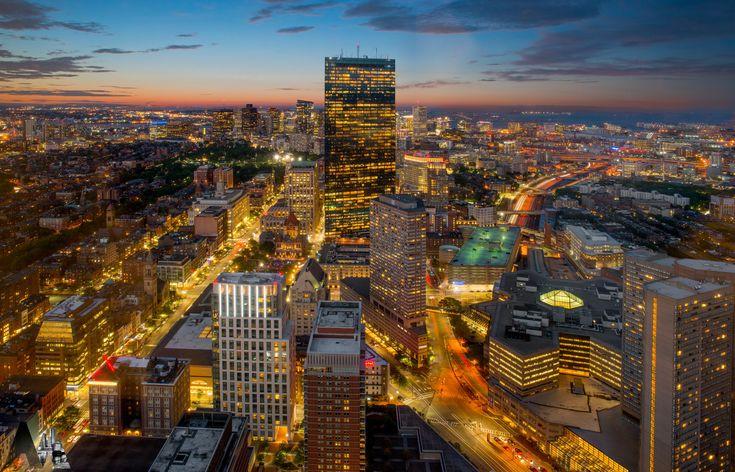 [OC] 36 Megapixel High-Res Boston Skyline at Sundown [7565x4857]