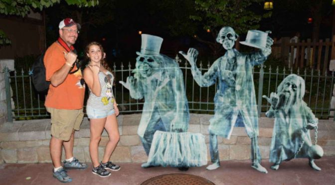 WHERE TO FIND THE PHOTOPASS MAGIC SHOTS AT MICKEY'S NOT SO SCARY HALLOWEEN PARTY