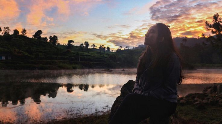 """1,074 Suka, 22 Komentar - DEANANDA AYUSAPUTRI (@dndea) di Instagram: """"Indonesia ternyata banyak banget yah tempat-tempat indahnya. Aku lagi suka banget nih liburan ke…"""""""