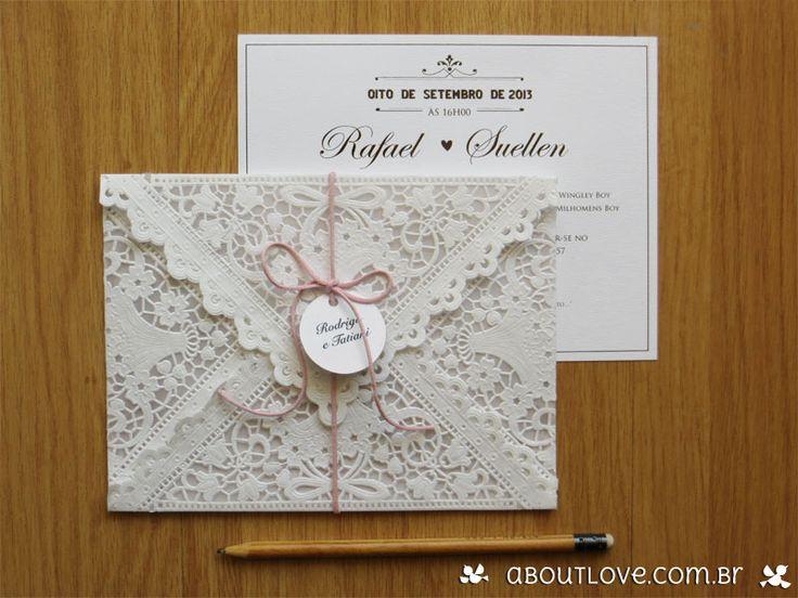 Convite de casamento com envelope de papel rendado