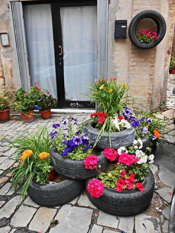 L'allegria non solo si respira nell'aria ma è anche quello che vedi... #Recanati #spring #flower