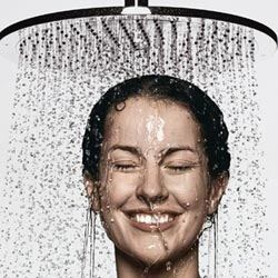 DID YOU KNOW: Rinsing your hair with cold water at the end of every shower instantly seals each hair cuticle and helps hair to reflect natural light leaving hair with an optimal shine and radiance.  image via bathandkitchenfixturesblog.com  #plushblow #plushsalon #tips #hair #tricks