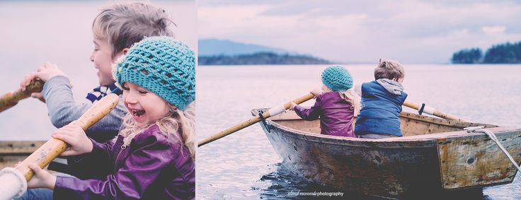 Vancouver Island Family / Family Photography / Family Beach Photos / Island Moments Photography / Rowboat