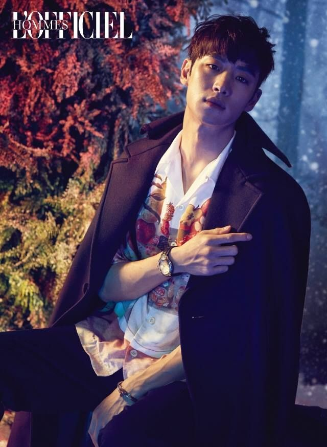 Lee Je Hoon by Kong Young Kyu for L'Officiel Hommes Korea