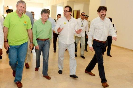 Directivos del Partido Verde y Presidente Juan Manuel Santos, antes de iniciarse la jornada de la II Conferencia Nacional de la colectividad, este domingo en Cartagena.