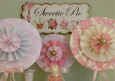 Icing Designs: Rosette Lollipops