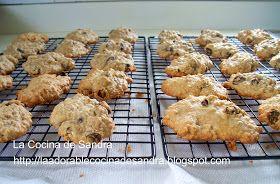 La Cocina de Sandra: Galletas de Avena y Pasas ( Oatmeal Raisin Cookies )