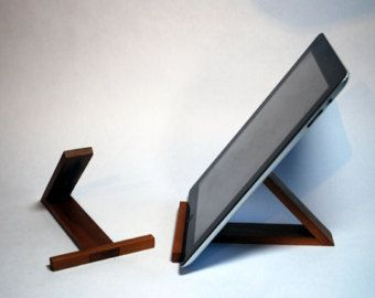 die besten 25 ipad halterung ideen auf pinterest ipad halter ipad f r kinder und tablet st nder. Black Bedroom Furniture Sets. Home Design Ideas