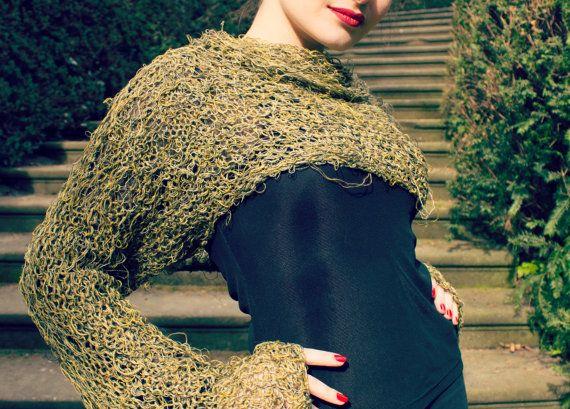 Grüner Pullover Achselzucken gestrickte von BonniesCinematheque