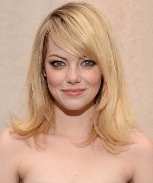 Celebrity haircuts 2015 precisely discuss the haircuts  hot among celebrities in 2015. Details of some hot celebrity hairstyle trends are also here