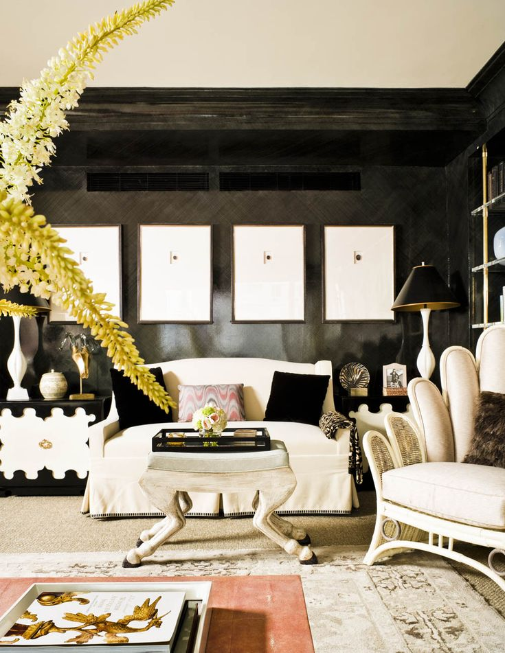 Home and Art: Accent Black | ZsaZsa Bellagio - Like No Other