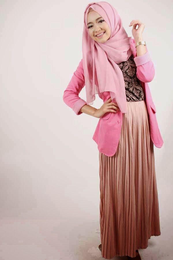 Model Busana Muslim Dan Hijab Style Dini Djoemiko - Digital Posting