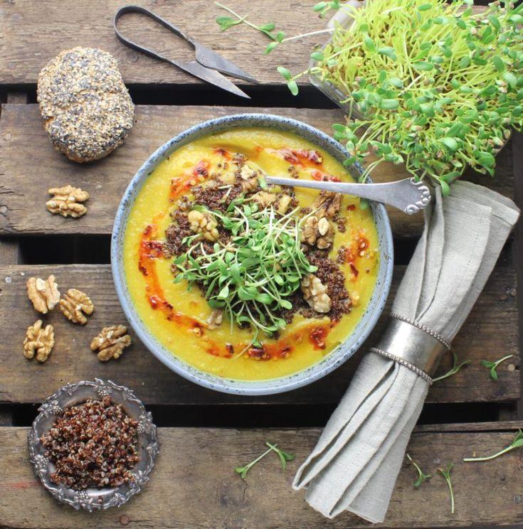 Blomkålssuppe med gurkemeje, ingefær og karry – Mad med glød