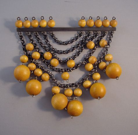AARIKKA Finland mid-century modern chains brooch with natural wood beads circa 1960s