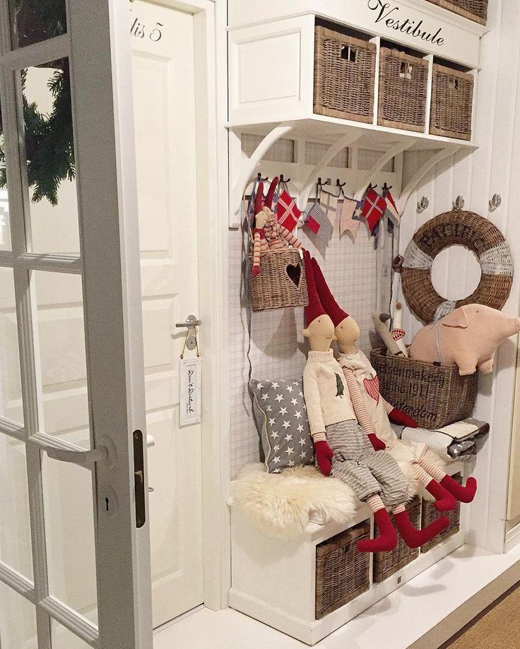 Pikkujoulu❤️ #joulu #joulukoristeetesiin #maileg #nisset #christmas #rivieramaison #inspiration #inspiroivakoti #interior123 #interior125 #interiorstyled #interiorandhome #interior4all #interior4you #hem_inspiration #finahem #jul
