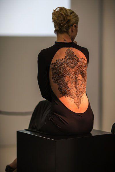 l tattoo diventano arte. Al Museo Maxxi di Roma i tatuaggi merletto di Marco Manzo, uno degli artisti più quotati del settore, vincitore di oltre 50