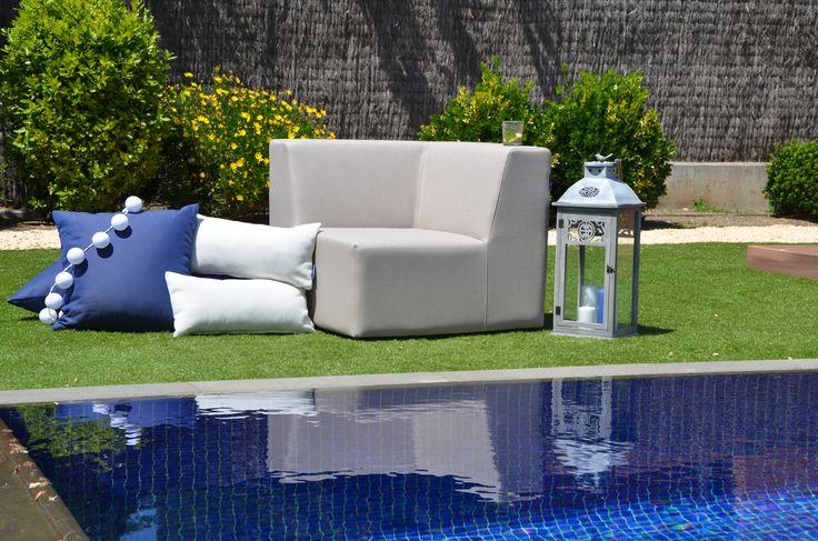 Sofá Modular Trópic: Módulo esquinero color piedra. Comodidad, intemperie, elegancia, resistencia, polivalencia.