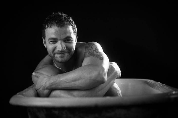 Via Twitter: Nick E Tarabay @nicktarabay  ·  12h Thankful Tuesday pic, I am thankful for being asked to be a part of  @TJScottPictures   #IntheTub http://fb.me/1eNh8o1Cl