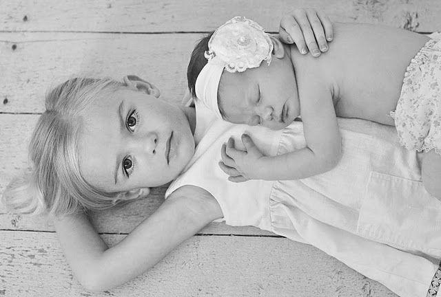sisters :)  i need to see Raegan and Bailee like this please!  @Kaylon Harper Hunt