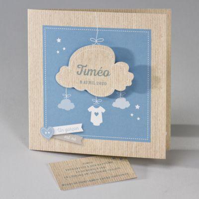 Buromac Baby Folly II 586145 Faire-part de naissance. Avec l'arrivée de votre garçon, vous serez sur un nuage tout comme ce joli faire-part. Le motif petit nuage blanc à l'intérieur du faire-part peut être utilisé pour un message personnel à votre convenance et une carte de remerciements intégrée vous est fournie.