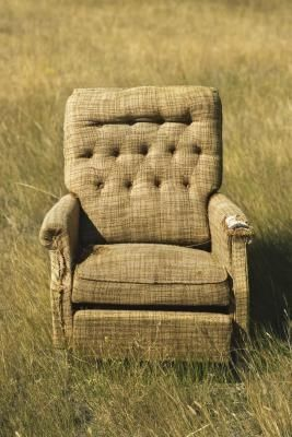 How to Recover a Recliner Chair