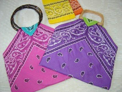 42 crafty things to do with a bandanna! Some great ideas here!: Projects, Bandanas Crafts, Crafts Ideas, Cotton Bandanas, Totes Bags, Bags Patterns, Bandanas Bags, Bandanas Totes, While