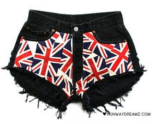 Runwaydreamz : Kate Vintage Union Jack Black Frayed Shorts