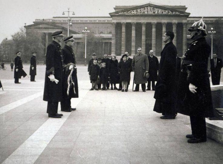 Budapest, Hősök tere 1942 (895×660)