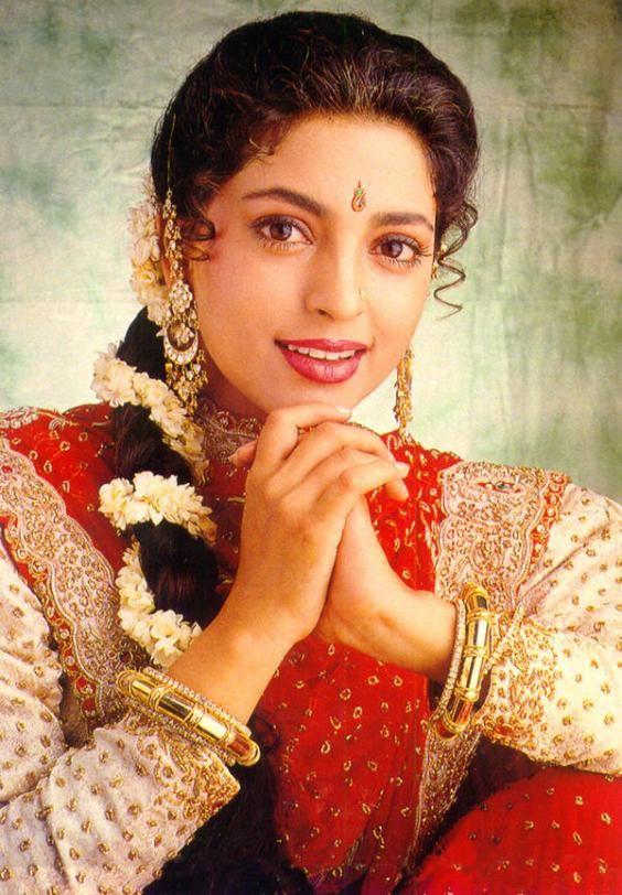 Juhi Chawla Beautiful Eyes