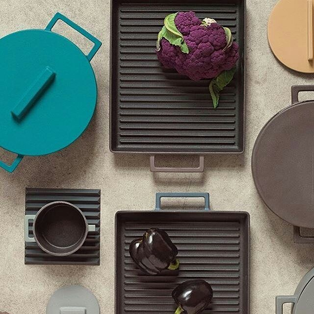 Basic lines and colors with our Terra.Cotto thanks to @unisonhome . . #sambonet #design #spring #terracotta #clay #terracotto #mediterranean #colors #clay #pot #cookware #kitchen #cooking #interiordesign #cabbage #healthy #healthyfood #slowcooking #slowfood #takecare #vegetables #blu #purple #grey