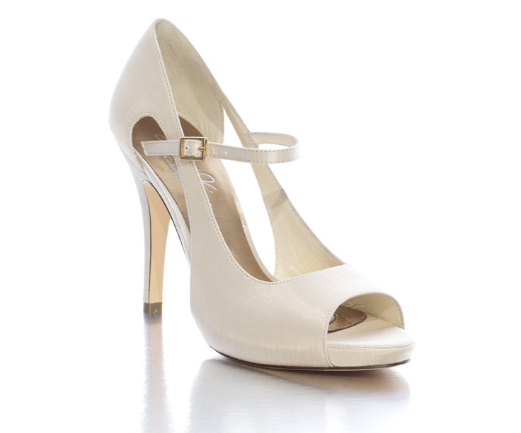 17 best ideas about Ivory Shoes on Pinterest | Bridal wedges ...