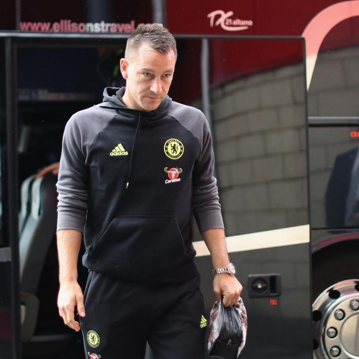 Chelsea Transfer News: John Terry in Gus Poyet, Shanghai Shenhua Offer Rumours | Bleacher Report