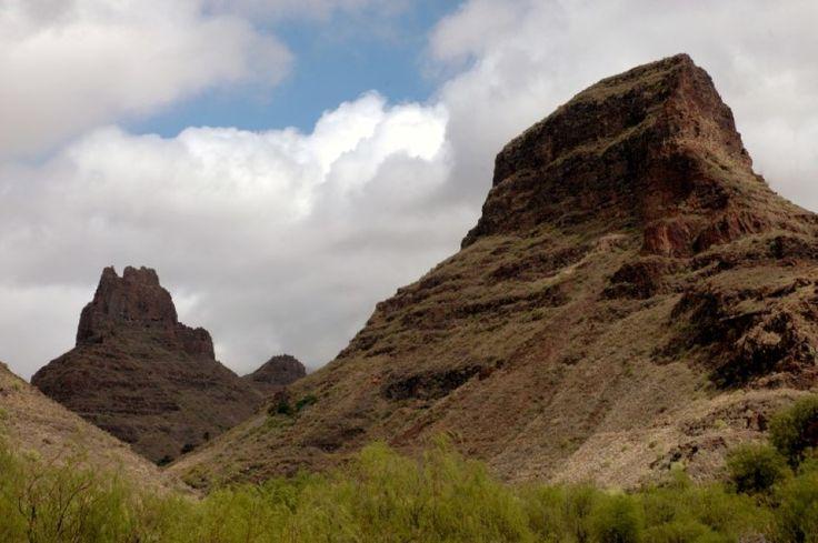 LA FORTALEZA (Santa Lucía, Gran Canaria) - La Fortaleza es uno de los yacimientos más importantes de Gran Canaria. Está formado por tres roques, la Fortaleza Grande, la Fortaleza Chica y Titana