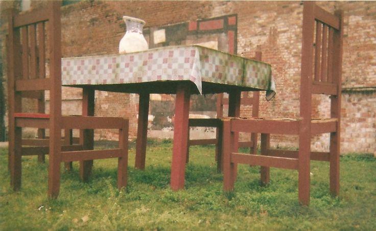 Basia Gębarowska - Lomografia 2014 #lomo #photo #komwiz #table #chairs
